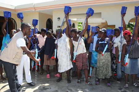 LifeStraw training at Croix des Bouquets