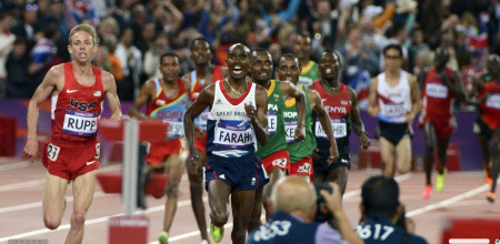 Mo Farah of Great Britain winning the 10,000 Meters
